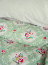 Prettiest Roses SINGLE Eiderdown - IN STOCK