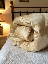 100% Silk Satin Eiderdown - Available in other colours