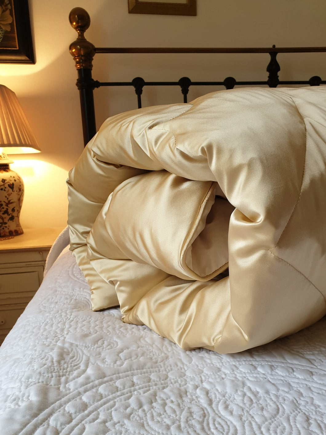 Honey 100% Silk Satin Eiderdown