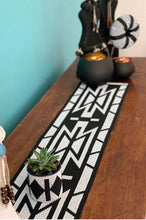 Load image into Gallery viewer, Zulu Handmade Beaded Table Runner| Handmade Table Runner| African Table Runner