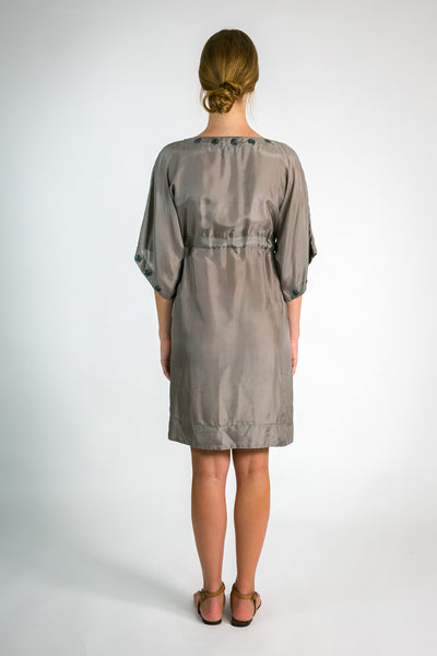Rendezvous silk dress in taupe