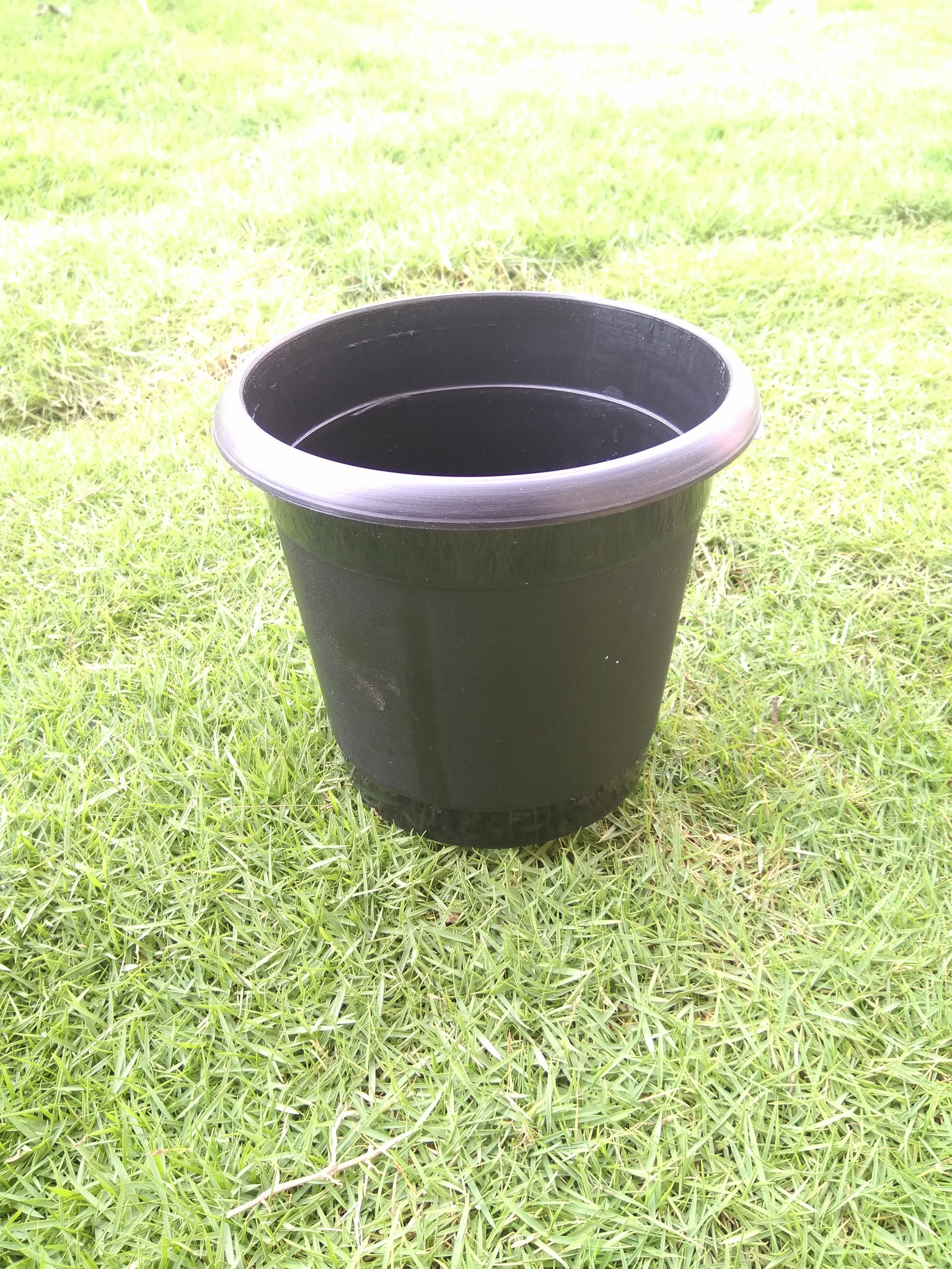 Plastic garden pot ( pack of 10 )