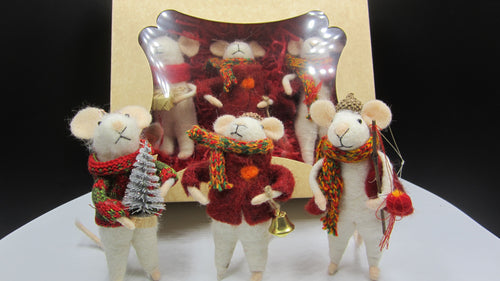 Box of Three Christmas Mice