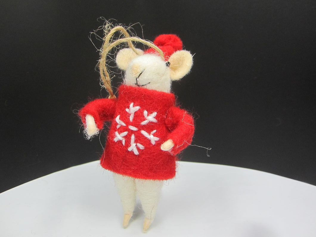 Christmas mouse with Red jumper and hat