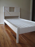 Custom bookcase Bed