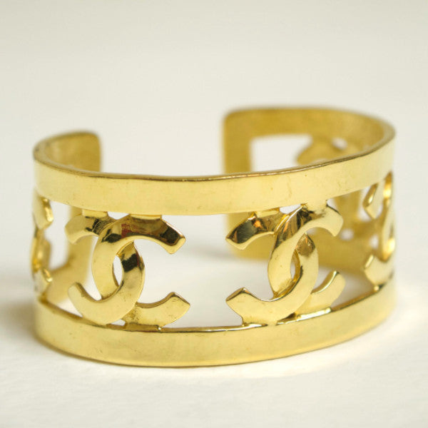 Chanel Vintage Gold What Goes Around Gold Cuff