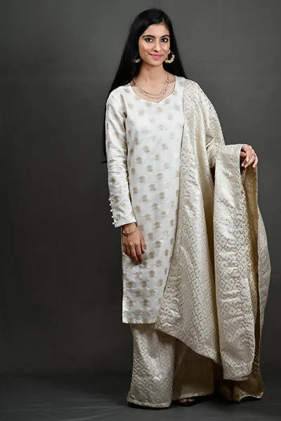 Byogi Straight Lotus Kurti - Distacart