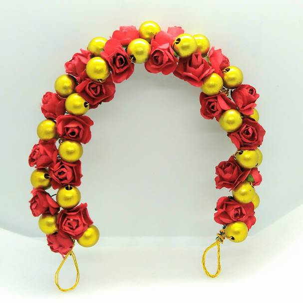 Red Rose & Gold Beads Gajra