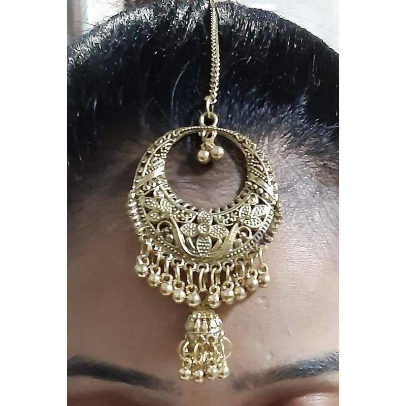 Traditional Ethnic Wear Maang Tikka With Hanging Jhumka