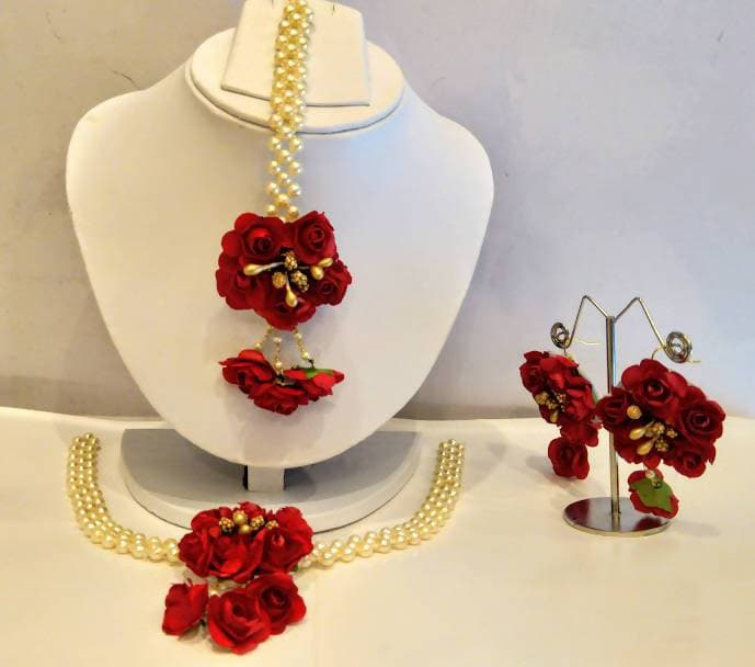 Artificial Flower Jewelry Set For Haldi