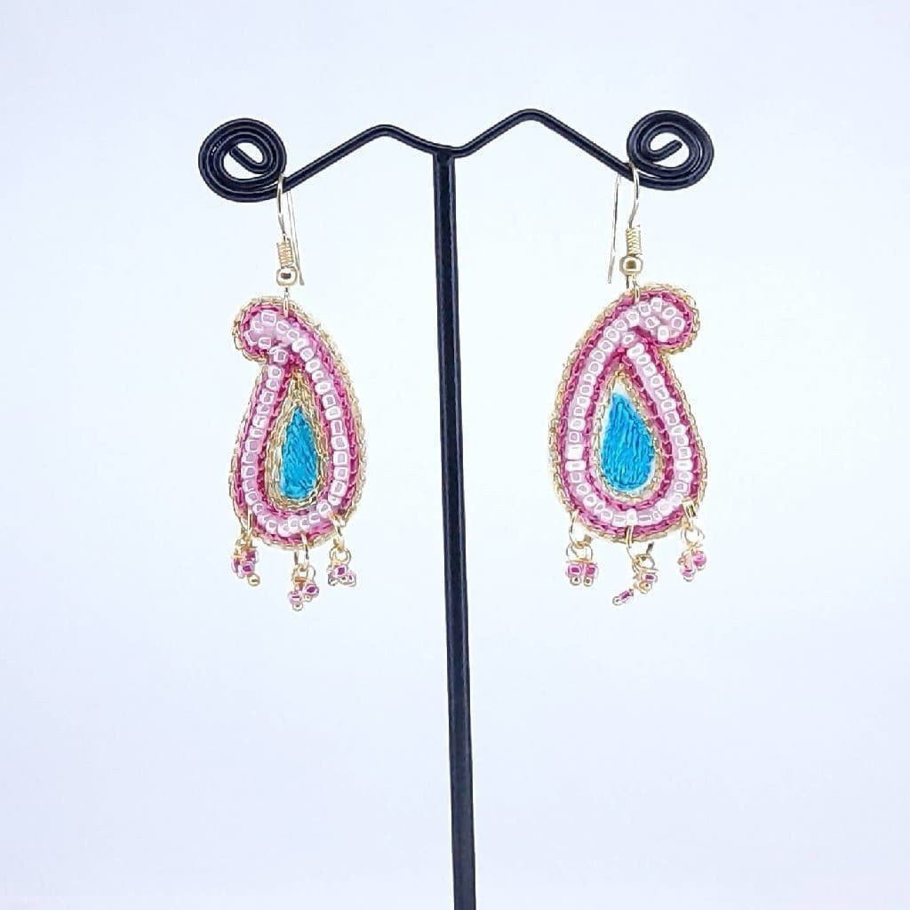 Hand weaved Pink Butta Earrings