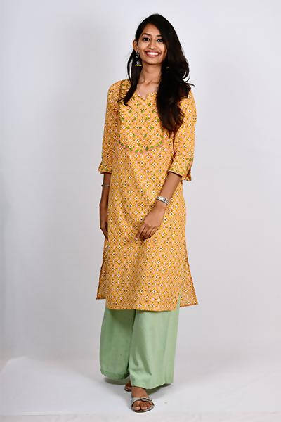 Byogi Embroidered Yoke Kurti - Distacart