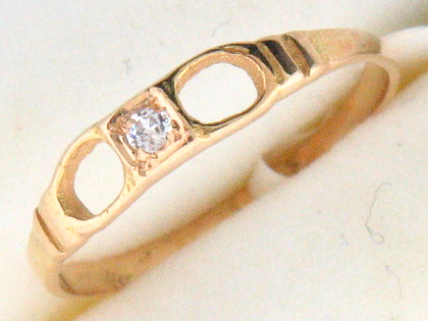 5064 - 19.2k Portuguese Gold C.Z. Kids Ring - Columbia Jewelers, Fall River, Massachusetts, USA