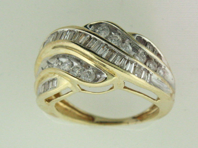 518 - 14kt Yellow Gold Genuine Diamonds Ring - Columbia Jewelers, Fall River, Massachusetts, USA
