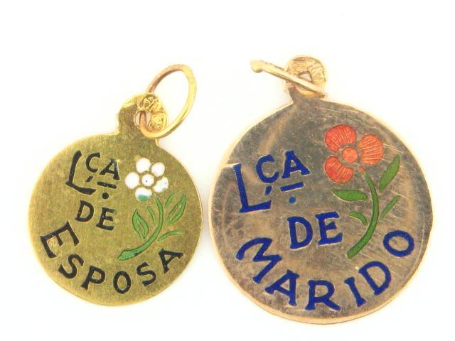 19.2k Portuguese Gold Solid Flat Traditional Words Medal - (Love Theme)