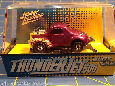 Johnny Lightning Thunderjet 500 Slot Car Purple Willys Gasser from MidAmerica