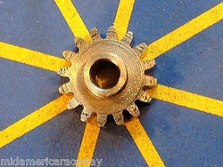 Sonic Extra Light 64 Pitch 10 Tooth Drag Pinion Gear from Mid America Raceway