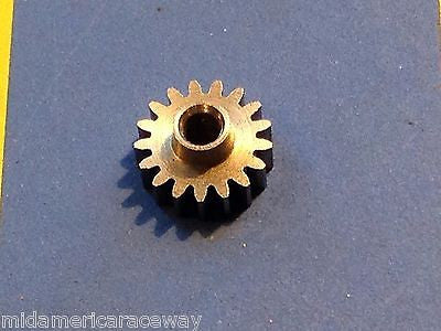 Sonic Extra Light 64 Pitch 18 Tooth Drag Pinion Gear from Mid America Raceway