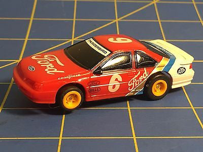 Vintage AfX #6 Ford Bill Elliott T-Bird with Running Tomy Turbo Chassis
