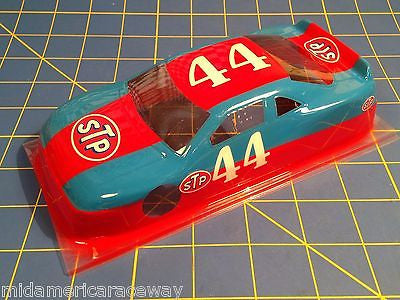 Painted 4 inch Stock Car #44 STP  1/24 from MidAmerica Raceway