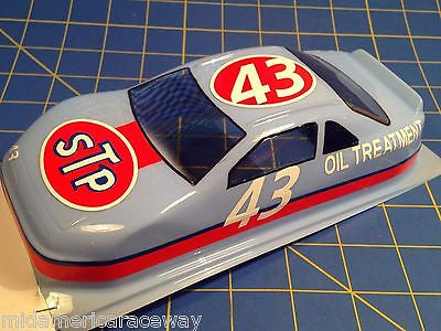 Painted 4.5 inch Stock Car #43 STP  1/24 from MidAmerica Raceway