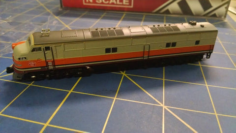 Broadway Limited Imports 3041 EMD E7A, MILW #17A Locomotive Mid America Napervil