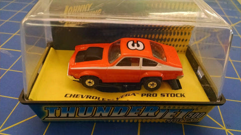 Johnny Lightning Chevrolet Vega Pro Stock Orange #3   #43-06 HO AML Naperville