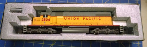 KATO HO Scale 37-6502 Union Pacific 2804 LOCOMOTIVE Mid America Naperville