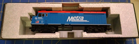 KATO HO Scale 37-6571 Chicago METRA City of West Chicago #137 LOCOMOTIVE Mid Ame