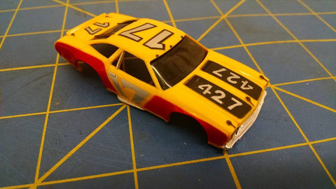 Yellow/Red 70 Stock Car American Line Body HO Mid America AML B453