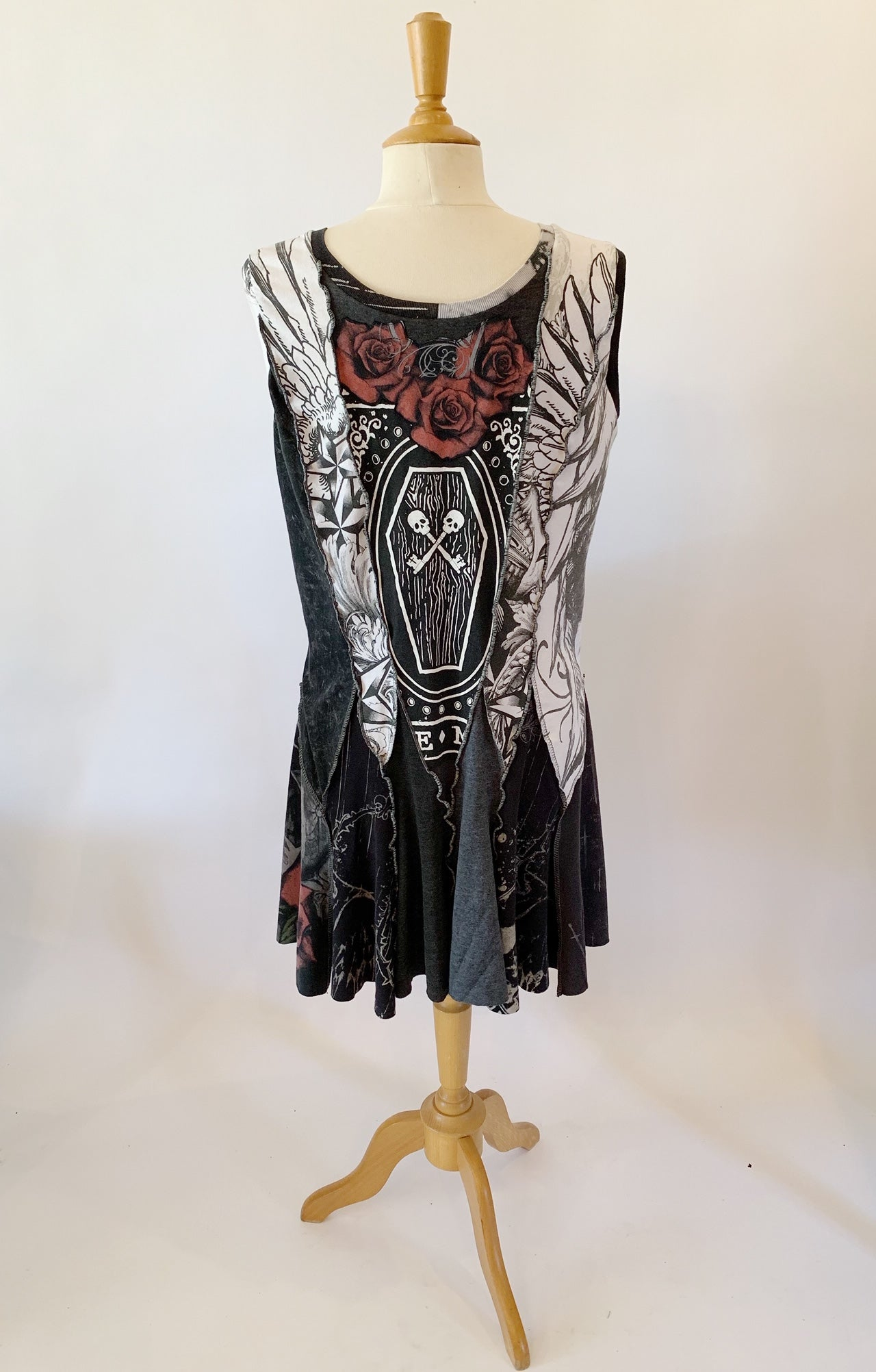 Short Skulls Dress Extra Large
