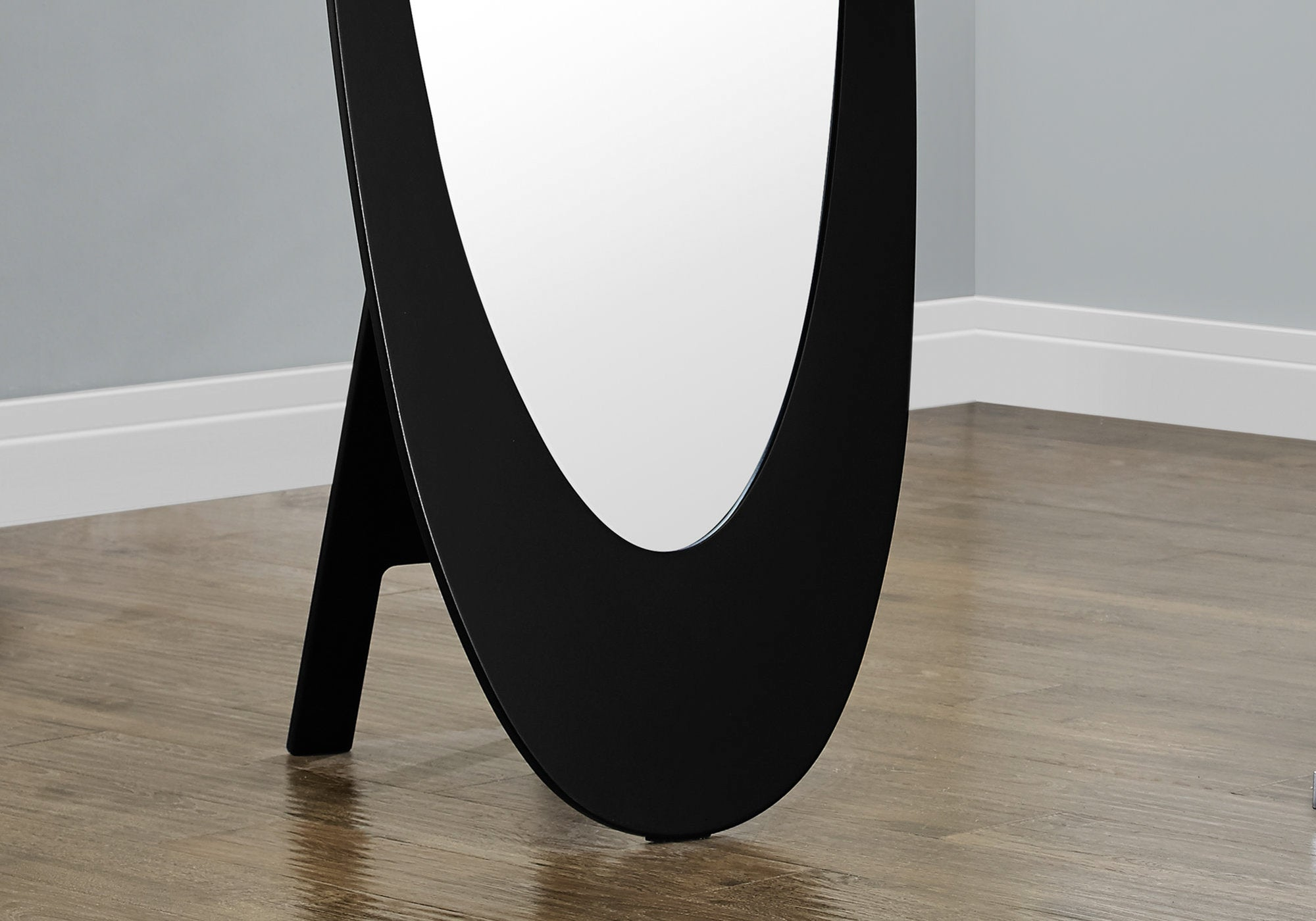 "18.5"" x 18.75"" x 59"" Black Oval Frame Mirror"