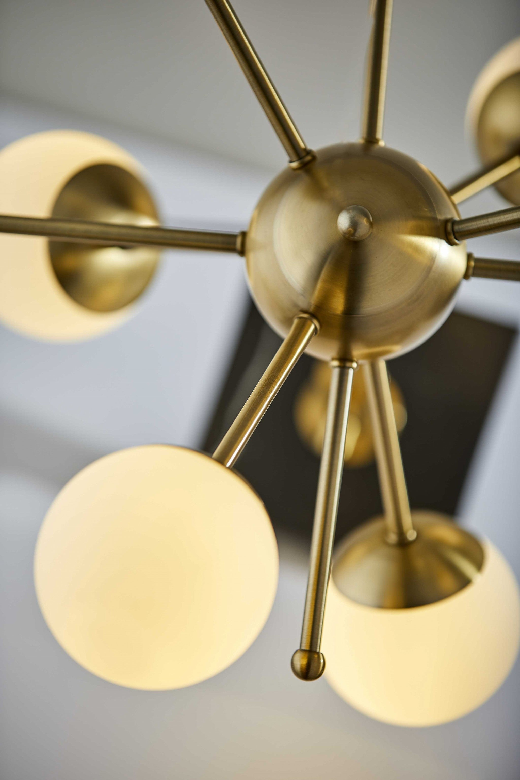 "15"" X 15"" X 23"" Brass Electronic LED Table Lamp"