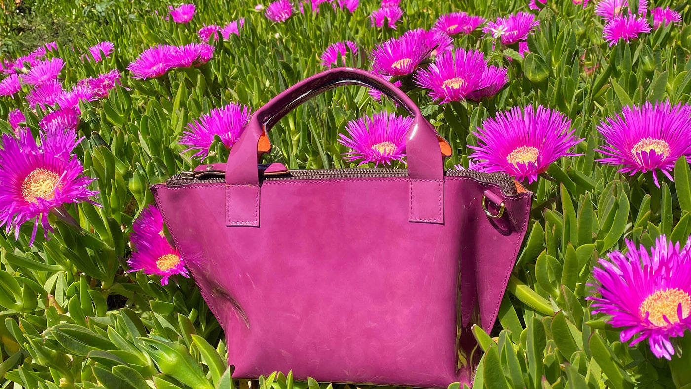 Tara handbag and crossbody in Fuchsia patent leather made by Bottega Flaviani handmade leather handbags and accessories brand in San Francisco