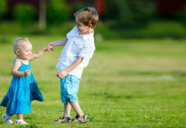 How to Foster Healthy Sibling Relationships