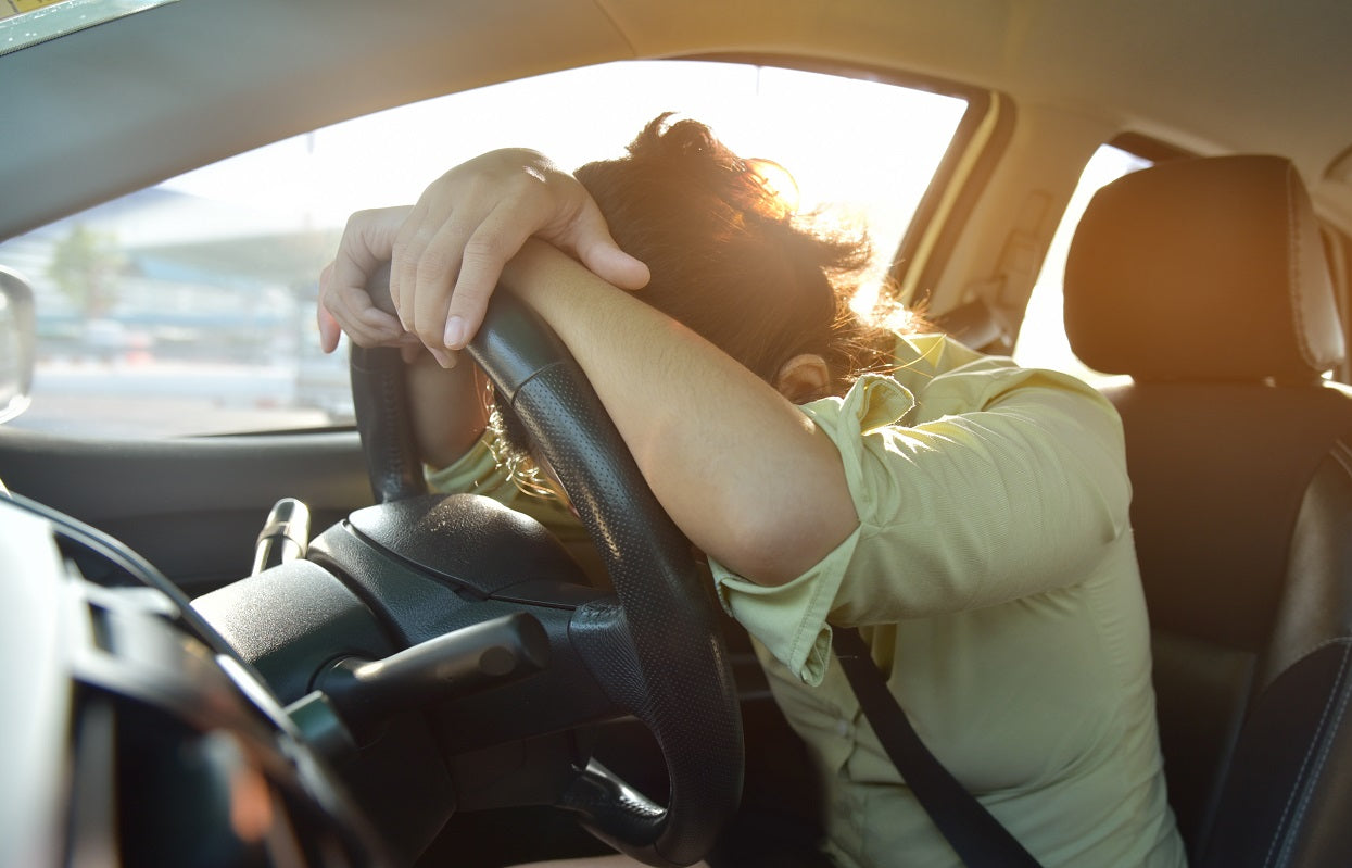 mans experiences narcolepsy symptoms while driving a car