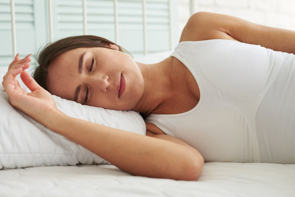 woman sleeps on her right side