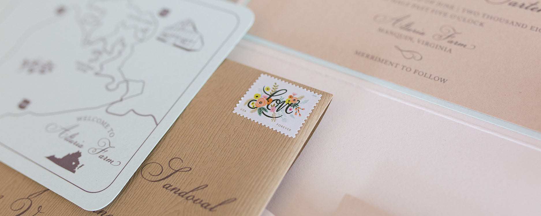 When to Send Wedding Invitations and Save The Dates