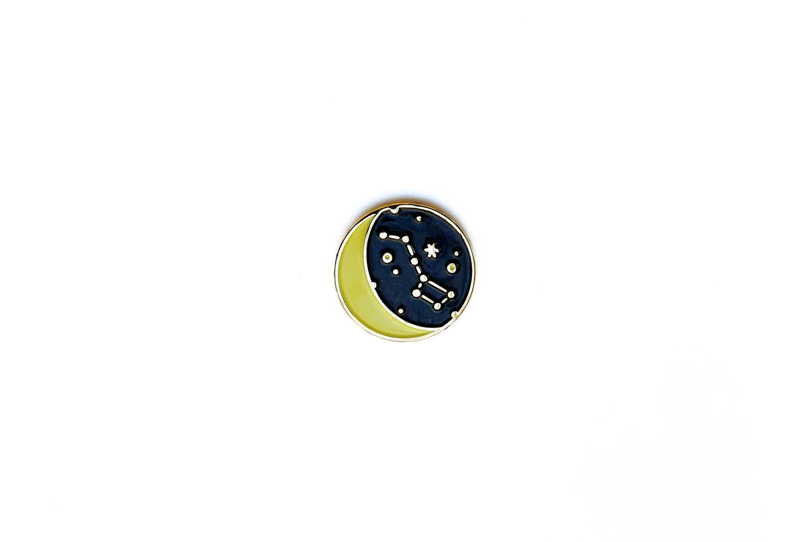 MIDDLE DUNE - Night Sky Moon Pin