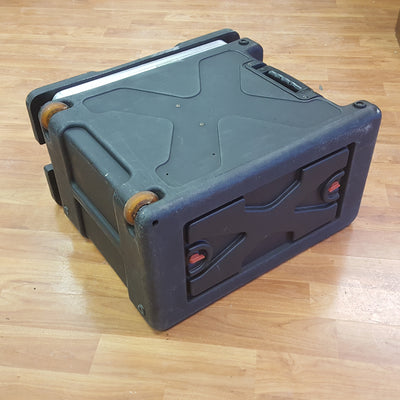 SKB 6U Rack w/ Wheels & Telescoping Handle