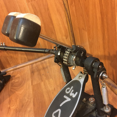 DW 7000 Double Kick Pedal