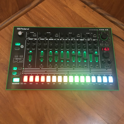 Roland TR-8 Rhythm Performer Sequencer