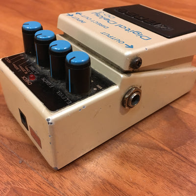 Boss Digital Delay DD-3 Pedal (Taiwan)