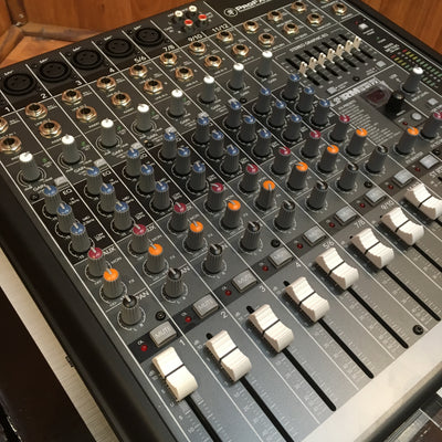 Mackie ProFX12 Professional FX Mixer with USB