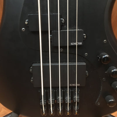 Schecter Stiletto Stealth 5 String Bass