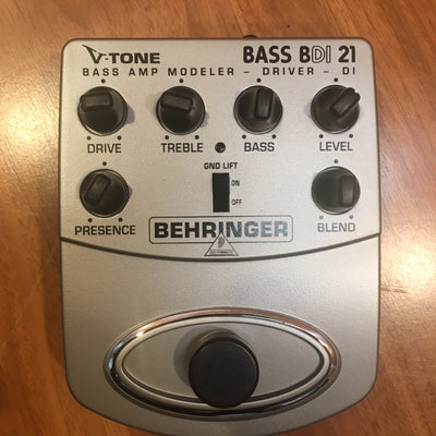 Behringer Bass BDI 21 w/ box & manual