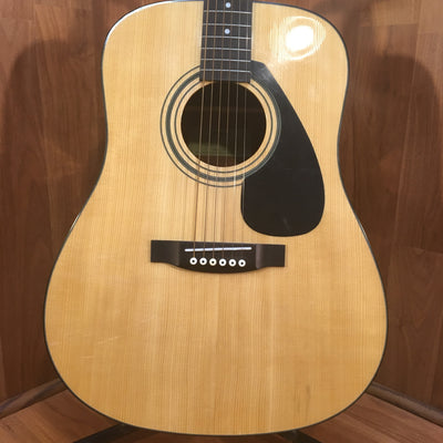 Yamaha FD01S Natural Acoustic Guitar with Hardshell Case