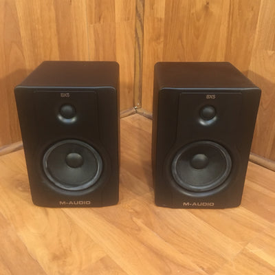 M-Audio BX5 D2 Studio Monitor Pair (1 Tweeter Out)