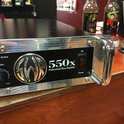 SWR 550X Bass Head w, Footswitch