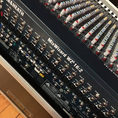 ** Allen & Heath Mix Wizard 16 Channel Mixer w/ Hard Case